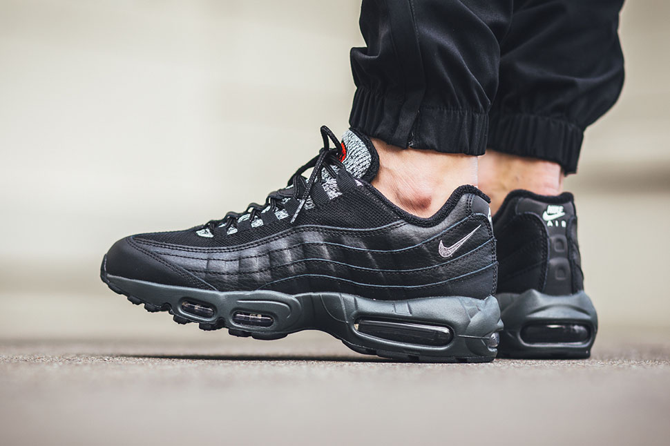 nike air max 95 trainers anthracite black